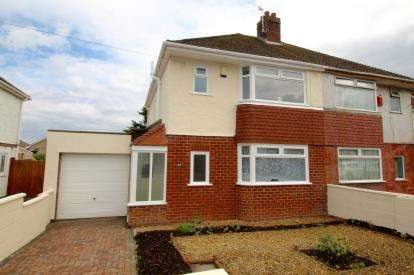 House for sale in Maytree Avenue, Headley Park, Bristol