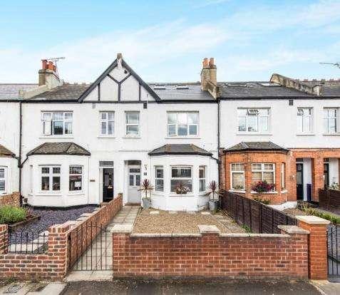 1 Bedroom Flat for sale in Twickenham, Middlesex, .