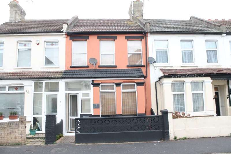 3 Bedrooms Terraced House for sale in Northumberland Avenue, Southend On Sea