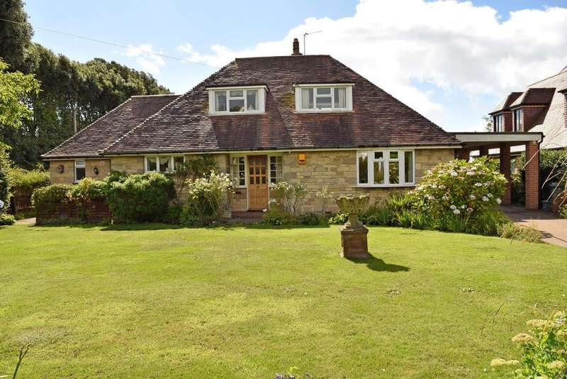 3 Bedrooms Detached Bungalow for sale in Swains Road, Bembridge, Isle of Wight, PO35 5XS