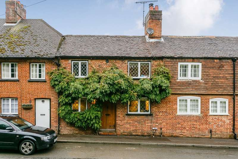3 Bedrooms Terraced House for sale in Puttenham
