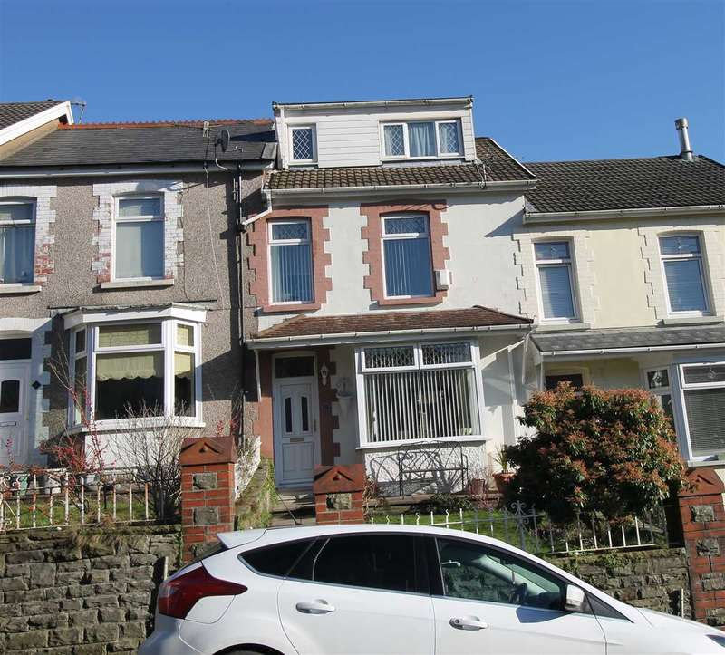 4 Bedrooms Terraced House for sale in Berw Road, Tonypandy, Tonypandy