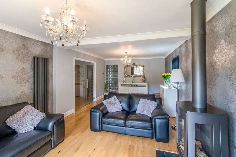5 Bedrooms Detached Bungalow for sale in Elaine Avenue, Rochester, ME2