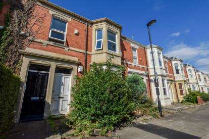 2 Bedrooms Flat for sale in Ashleigh Grove, West Jesmond, Newcastle upon Tyne, Tyne and Wear, NE2