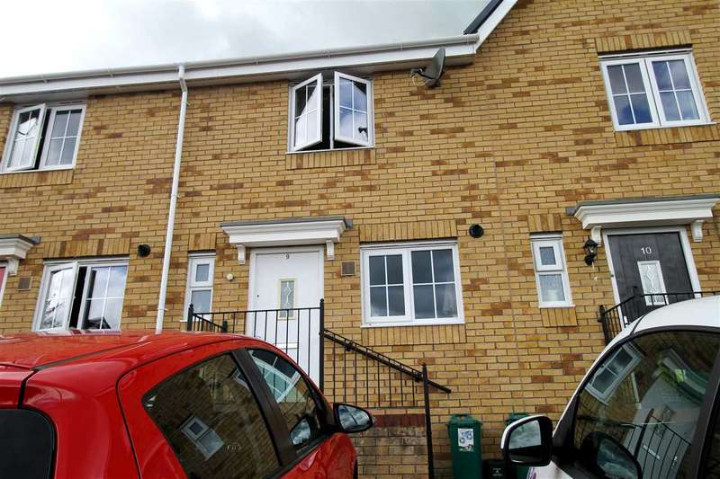 2 Bedrooms Terraced House for sale in Clos Gellifaelog, Tonypandy