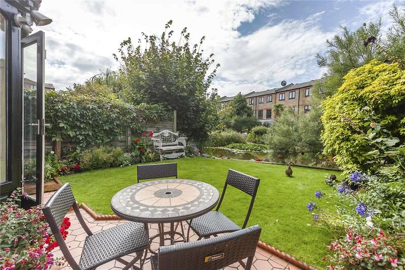 3 Bedrooms Terraced House for sale in Storers Quay, London, E14