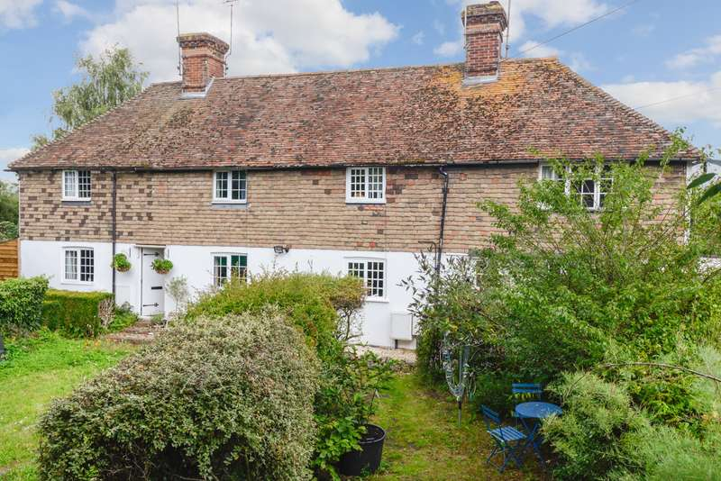 2 Bedrooms Cottage House for sale in Blackwall Road North, Willesborough Lees, Ashford, TN24