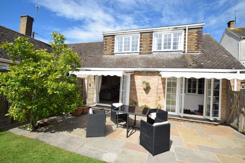 3 Bedrooms Bungalow for sale in High Street, Chalgrove