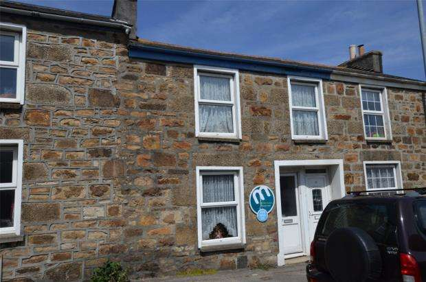 2 Bedrooms Terraced House for sale in Pendarves Street, Tuckingmill, Camborne, Cornwall