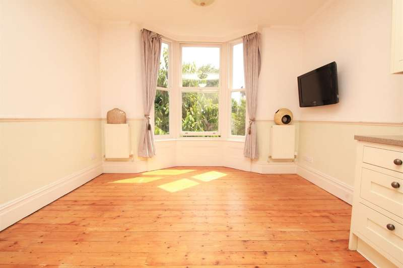 2 Bedrooms Flat for sale in Rugby Road, Brighton