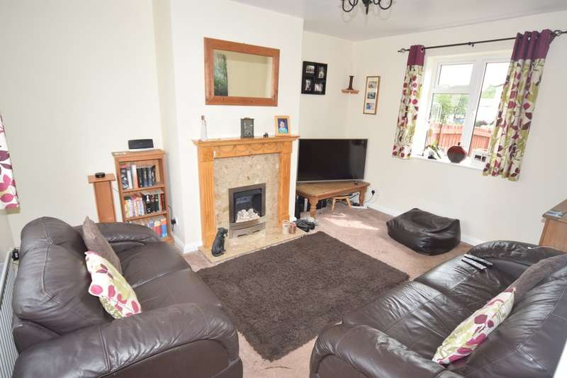 2 Bedrooms Terraced House for sale in Gloucester Square, Ulverston, Cumbria, LA12 9AH
