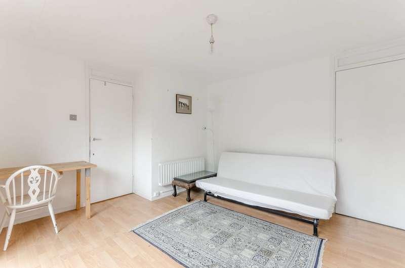 3 Bedrooms Maisonette Flat for sale in Burr Close, St Katharine Docks, E1W