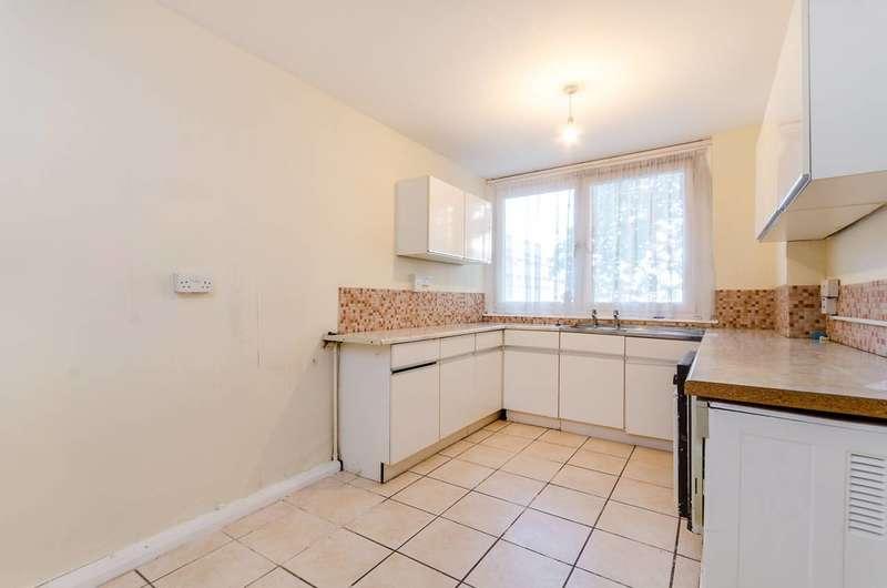 2 Bedrooms Maisonette Flat for sale in Burritt Road, Kingston, KT1