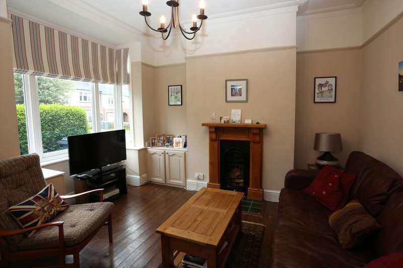 3 Bedrooms Terraced House for sale in Victoria Road, Birmingham, West Midlands, B17
