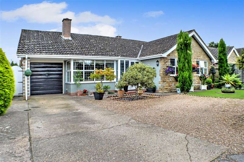 3 Bedrooms Bungalow for sale in High Gate, Helpringham