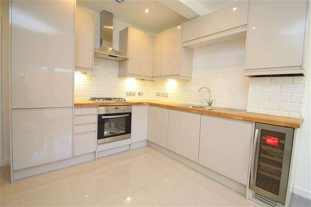 1 Bedroom Flat for sale in Abinger Villas, Abinger Road, Portslade, East Sussex, BN41 1SD