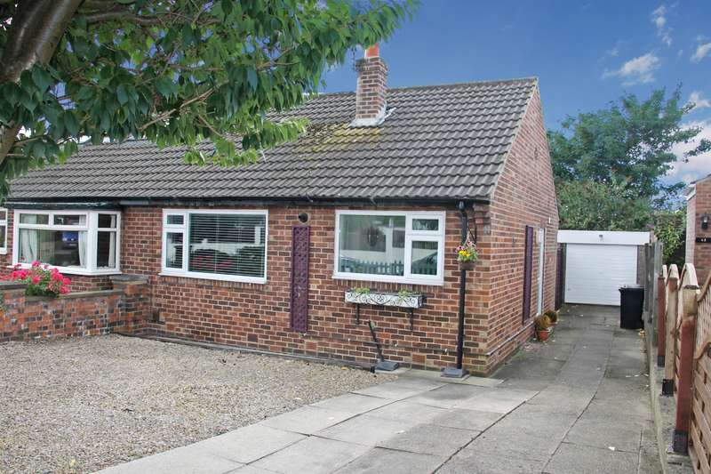 2 Bedrooms Semi Detached Bungalow for sale in Knox Avenue, Harrogate, HG1 3HY