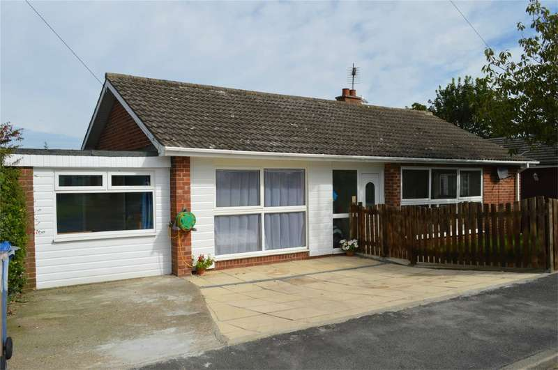 3 Bedrooms Detached Bungalow for sale in 51 Stanley Avenue, HORNSEA, East Riding of Yorkshire