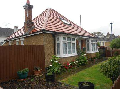 3 Bedrooms Bungalow for sale in London Road, Bedford, Bedfordshire