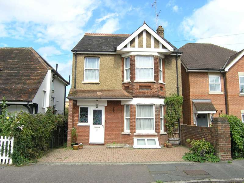 3 Bedrooms Detached House for sale in Cedar Road, Oxhey