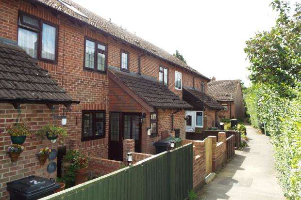 2 Bedrooms Terraced House for sale in Brimpton, Reading, Berkshire