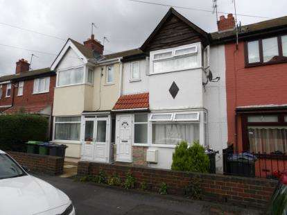 4 Bedrooms Terraced House for sale in Great Arthur Street, Smethwick, West Midlands