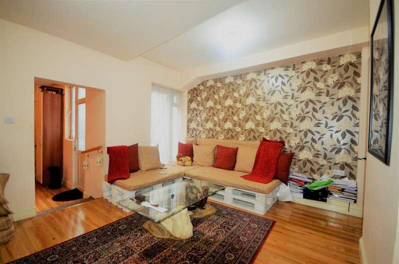 2 Bedrooms Ground Maisonette Flat for sale in High Road , Wembley, Middlesex, HA0 2AF