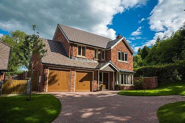 4 Bedrooms Detached House for sale in 7, Beech Green, Neenton, Bridgnorth, Shropshire, WV16 6RU