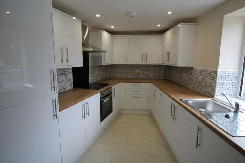 2 Bedrooms Flat for sale in Arlington Street, Normanby, Middlesbrough, TS6