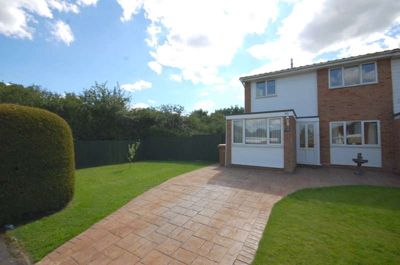 4 Bedrooms Terraced House for sale in Osea Way, Springfield, Chelmsford, CM1