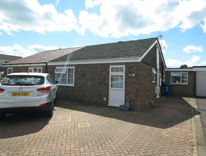 3 Bedrooms Bungalow for sale in Osborne Close, Bicester