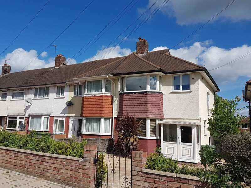 3 Bedrooms End Of Terrace House for sale in Whitefoot Lane, Bromley, Kent, BR1