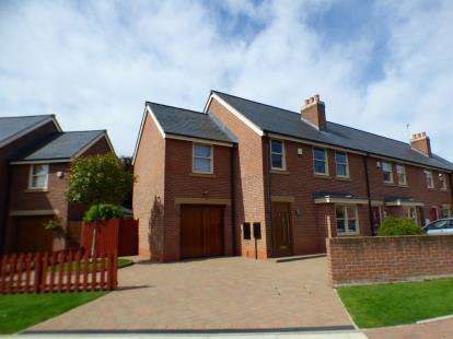 House for sale in Mill Weir Gardens, Sefton, Liverpool, Merseyside, L29