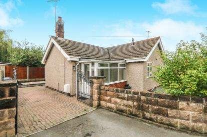 2 Bedrooms Bungalow for sale in Maes Tegid, Prestatyn, Denbighshire, LL19