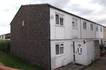 3 Bedrooms End Of Terrace House for sale in Chigwell, Essex