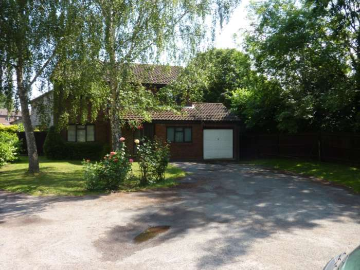 4 Bedrooms Detached House for rent in Stockbury Close, Lower Earley