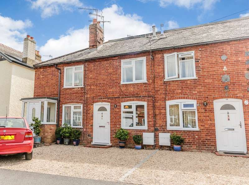 2 Bedrooms House for sale in Farncombe
