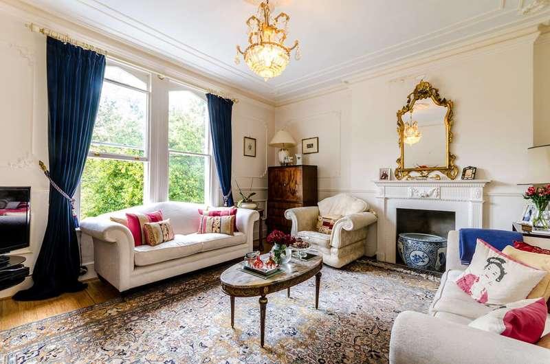 4 Bedrooms Maisonette Flat for sale in Kingston Hill, Kingston Hill, KT2