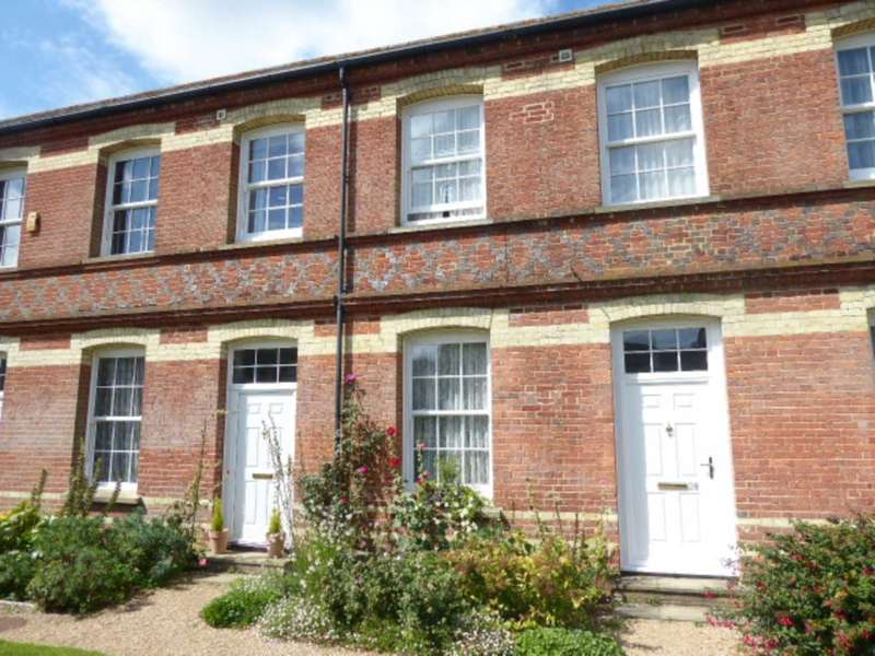 2 Bedrooms Terraced House for sale in 27 Shepherds Way, South Chailey, BN8 4QQ.