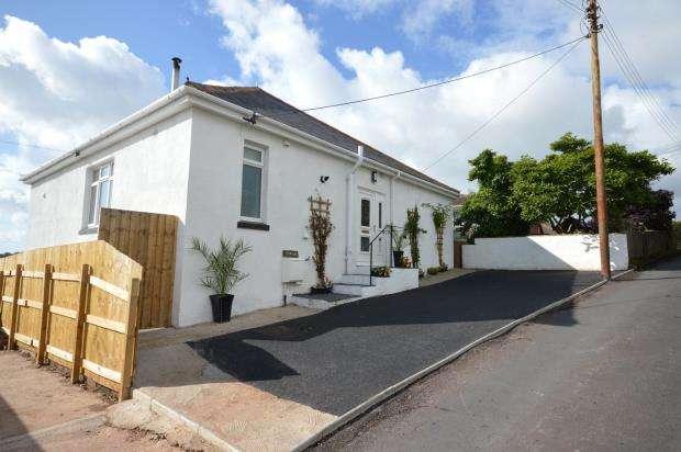 3 Bedrooms Detached Bungalow for sale in Higher Kingsdown Road, Teignmouth, Devon