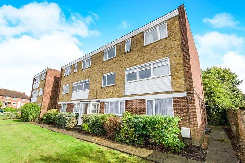 2 Bedrooms Flat for sale in St. Georges Road, Wallington, SM6