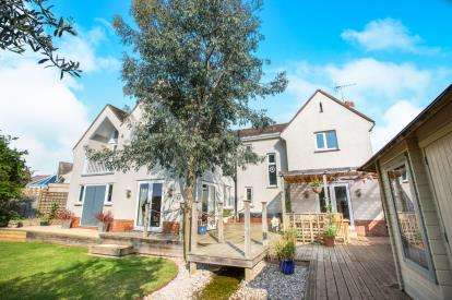 5 Bedrooms Detached House for sale in Manstone Mead, Sidmouth, Devon