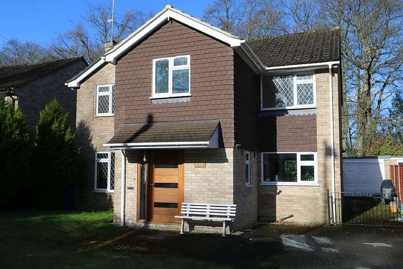 4 Bedrooms Detached House for sale in Farnborough Road, Farnborough, Hampshire