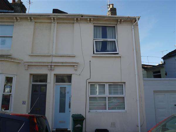3 Bedrooms End Of Terrace House for rent in Hampden Road, Brighton