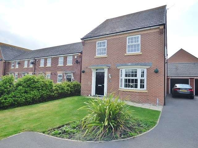 4 Bedrooms Detached House for sale in Ventura Drive, Great Sankey, Warrington