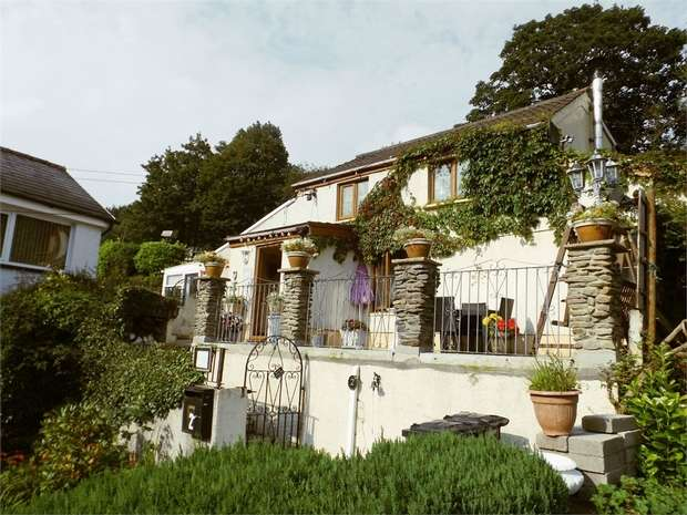 3 Bedrooms Detached House for sale in The Uplands, Pontrhydyfen, Port Talbot, West Glamorgan