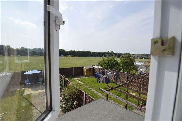 3 Bedrooms Terraced House for sale in Northway, TEWKESBURY, Gloucestershire, GL20 8QR