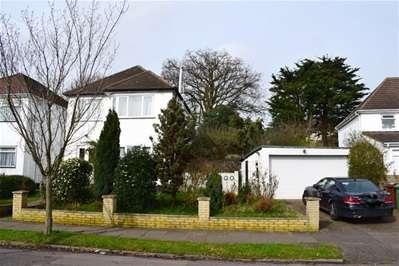3 Bedrooms Detached House for sale in Whitegate Gardens, Harrow Weald