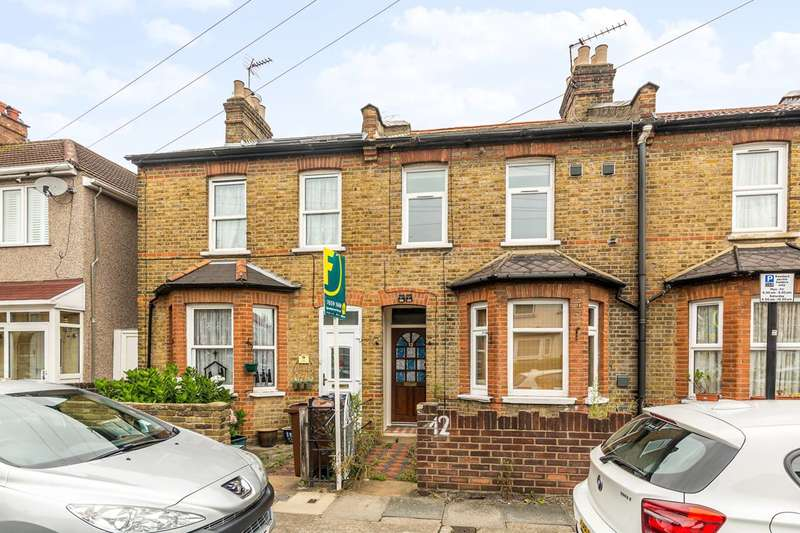 3 Bedrooms House for sale in Grosvenor Road, Hounslow, TW3