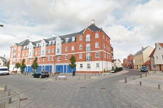 2 Bedrooms Apartment Flat for sale in John Mace Road, Colchester, CO2
